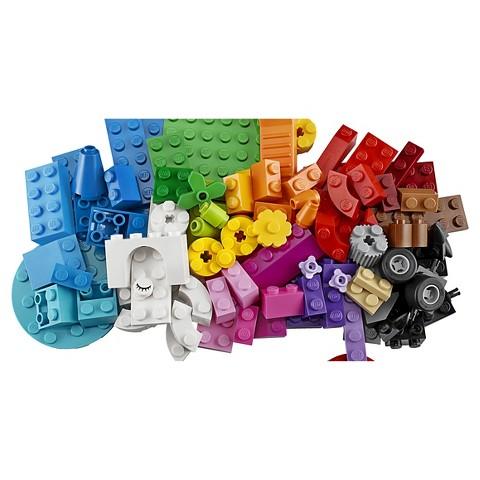 10692 - Classic Creative Bricks - The Granville Island Toy