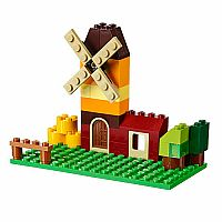 10696  - Classic Creative Brick Box - Medium