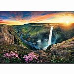 2000pc Trefl Waterfall Haifoss