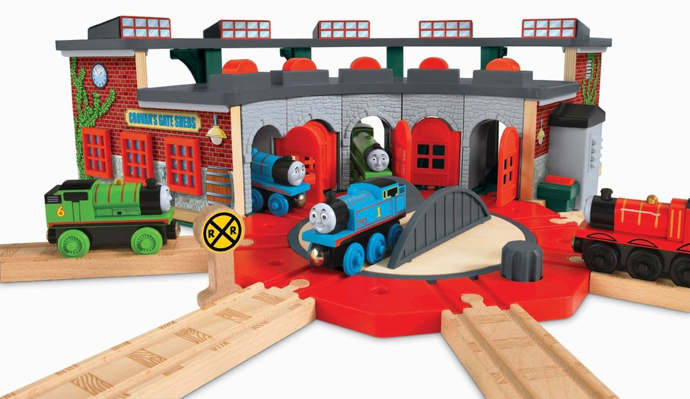 Thomas & Friends Wooden Railway: Deluxe Roundhouse - The Granville ...